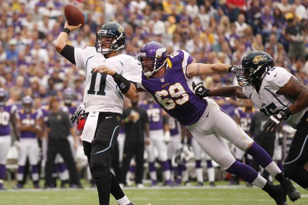 Why Jared Allen Has Gone From Stud To Dud in Just One Year