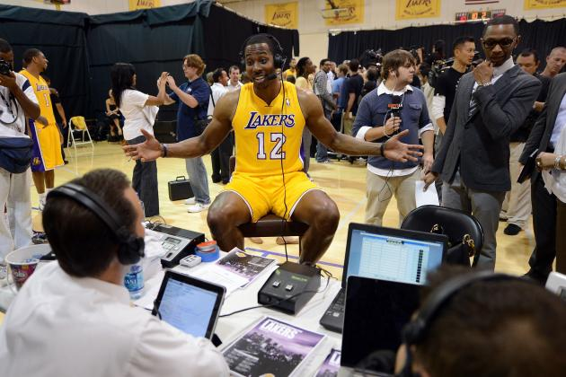 Why L.A. Lakers Are Smart to Rule out Dwight Howard for First Preseason Game