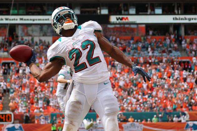 Reggie Bush: Why Dolphins Back Is Finally on His Way to Stardom