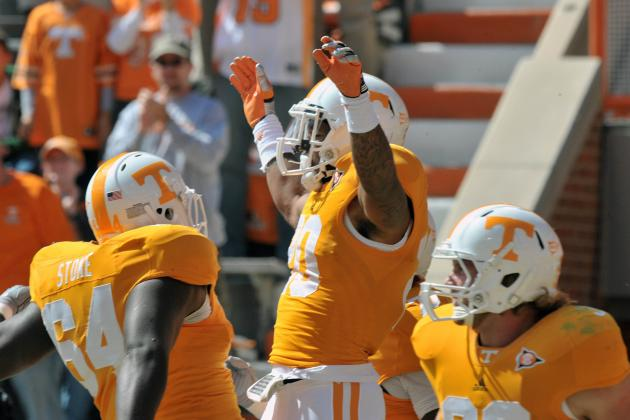Tennessee Offensive Line Has Flourished Under New Coach, Faster Offense