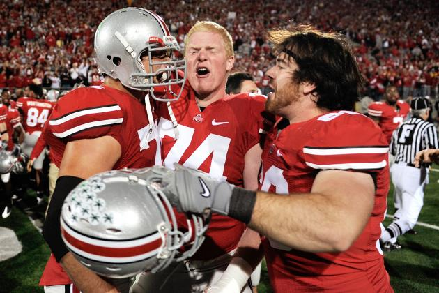 On Twitter, Ohio State Buckeyes' Jack Mewhort Calls His Own Plays