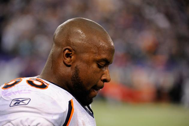 The Denver Broncos Should Release D.J. Williams