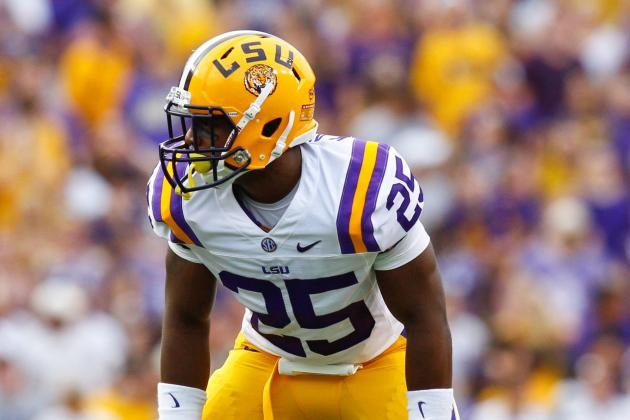 LSU Linebacker Kwon Alexander Suffers Broken Ankle