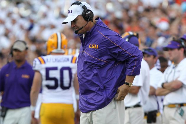 LSU Hampered by Technical Difficulties with Sideline Headsets, Les Miles Says
