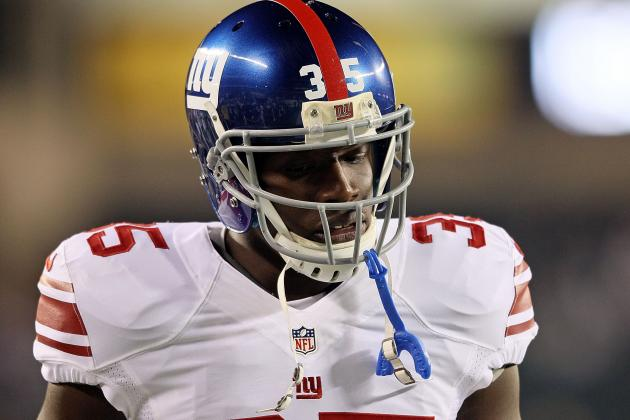 Andre Brown Leaves Game with Apparent Head Injury