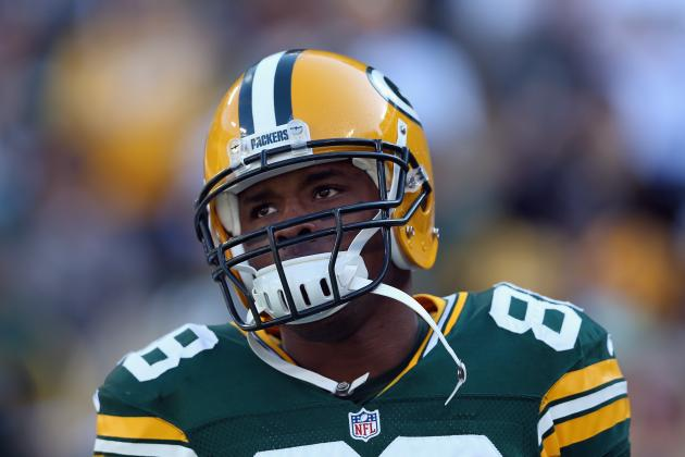 Jermichael Finley Questionable to Return with Shoulder Injury
