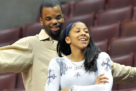 Shelden Williams Blows Up Twitter for WNBA Wife Candace Parker