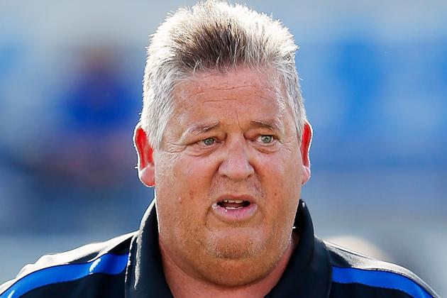 Charlie Weis Gives Up on Team Just Five Games into the Season