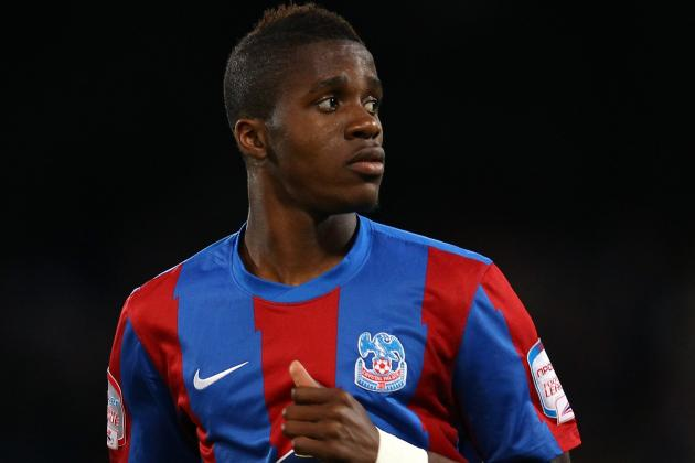 Gunners Turn to Palace's Zaha as Walcott Contract Wrangle Continues
