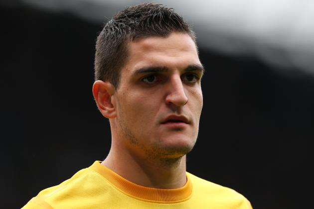 Inter Milan & Napoli Prepare Move for Arsenal Keeper Vito Mannone