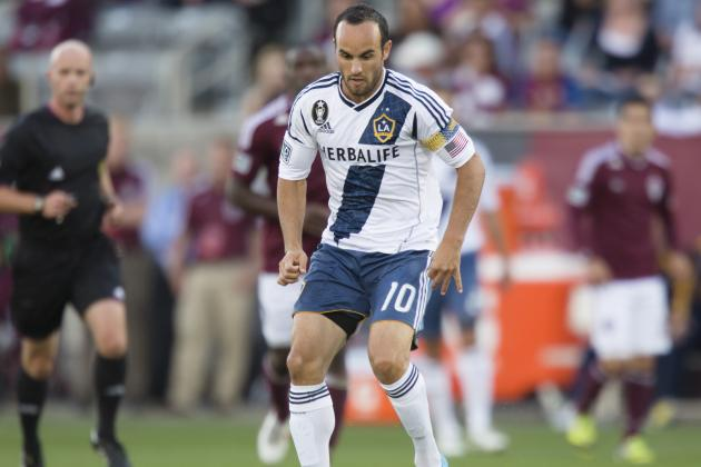 Landon Donovan Sits out U.S. Team Practice to Have Knee Checked
