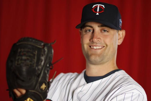Former Twin Pat Neshek an Inspiration to A's After Family Tragedy