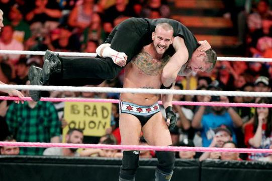 WWE Monday Night Raw, Oct. 8: GSM's Analysis and Aftermath