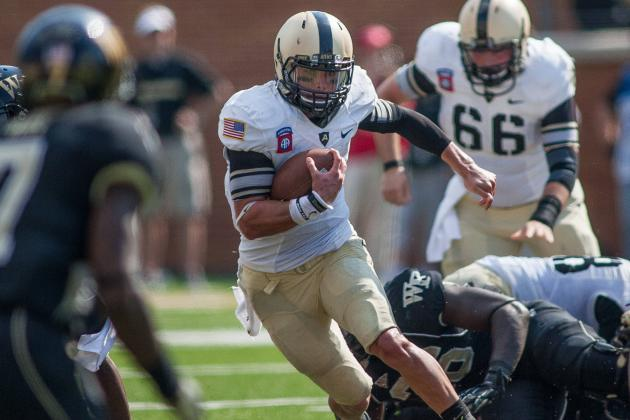 Army Runs for 429 Yards, Maples and Dixon 100+ Each in 49-37 Loss to Wake Forest
