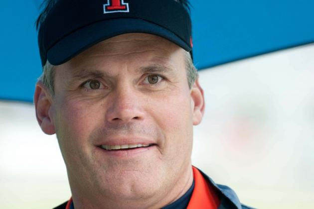 Illinois Football: If Tim Beckman Wants to Chew Tobacco, Let the Man Chew