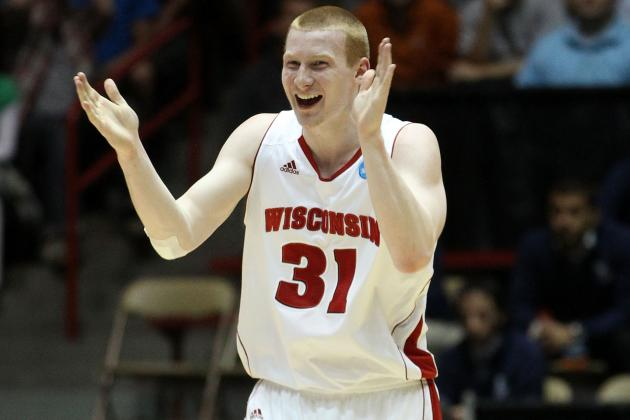 Wisconsin F Bruesewitz (leg) out 4-6 Weeks