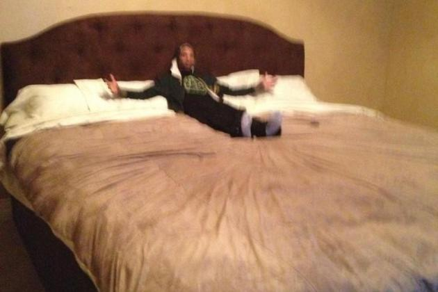 Big Bad Al Jefferson Demands a Big Bad Bed to Sleep In