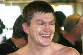 Hatton's Weight Loss Will Hurt Him Against Senchenko