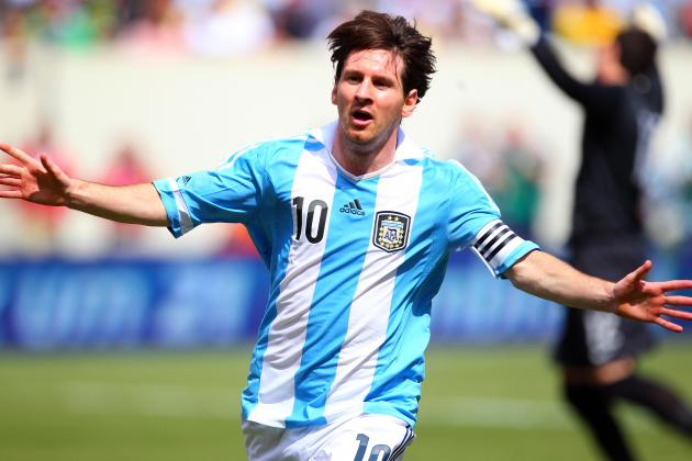 Messi's Two Goals Lead Argentina to Win over Uruguay