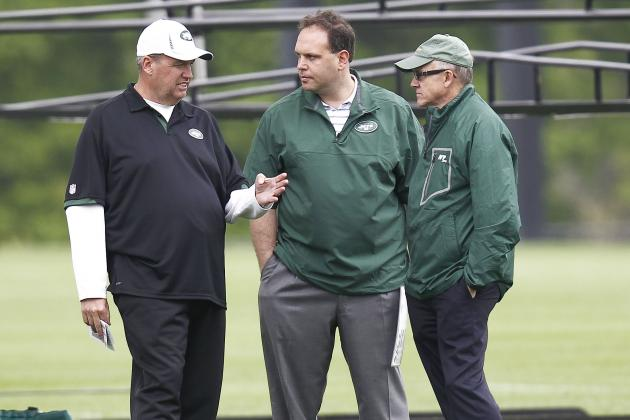 New York Jets Need One Voice, Not Three, and Other AFC East News