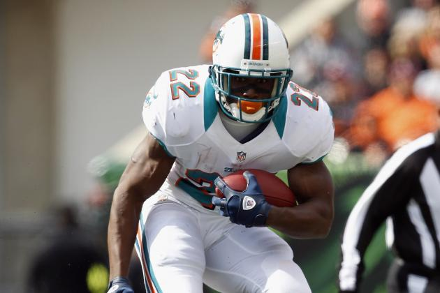 Reggie Bush Back on the Dolphins Injury Report