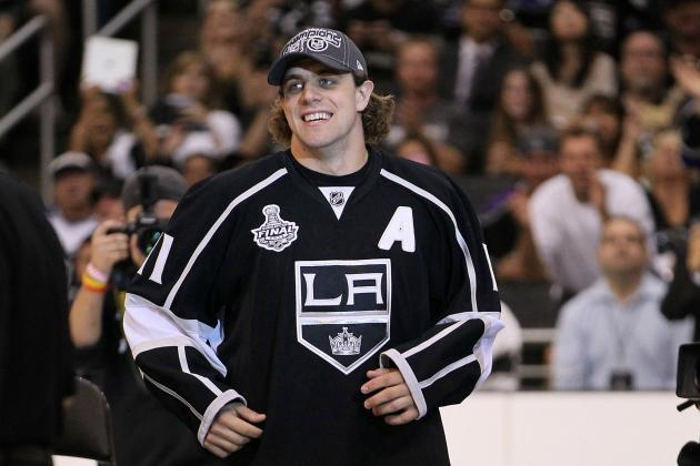 Anze Kopitar Stars on Swedish 'Cribs'