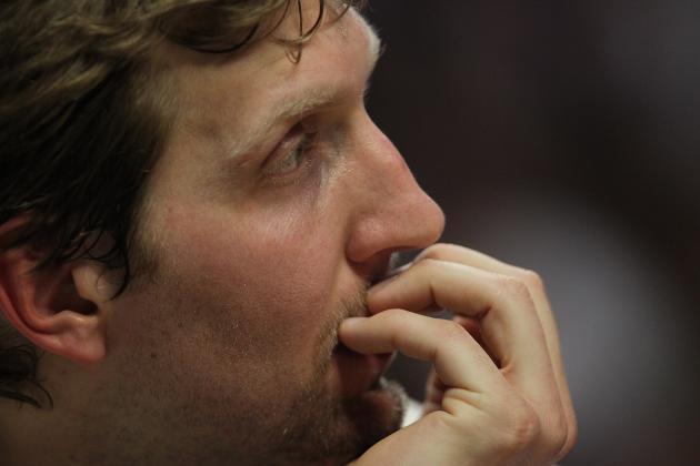 Dirk Nowitzki Must Avoid Knee Surgery for Dallas Mavericks to Make Playoffs