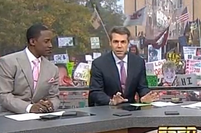 Chris Fowler Took Shot at Charlie Weis in GameDay Opening