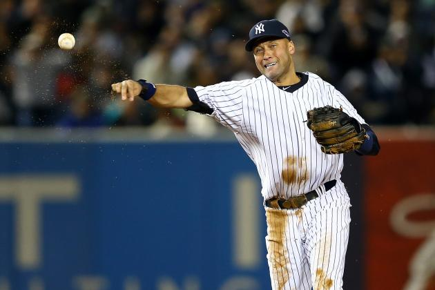 Derek Jeter Leaves Game with Leg Injury