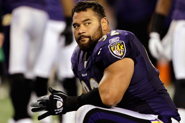 Source: Haloti Ngata Has Minor MCL Damage in His Knee