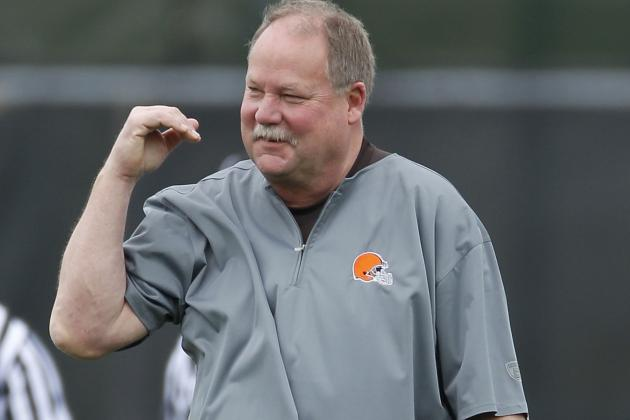 Report: Mike Holmgren Leaving Browns