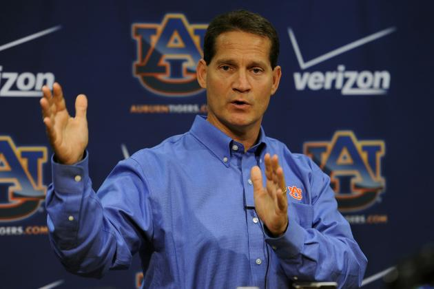 Auburn Football: Making the Case to Retain Gene Chizik as Auburn Head Coach