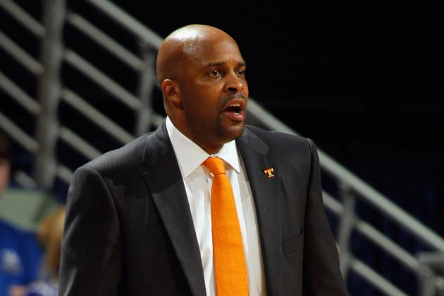 'Good Job' by Vols in First Basketball Practice