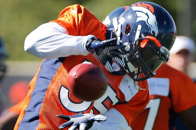 Broncos Linebacker D.J. Williams Returns to Team Headquarters