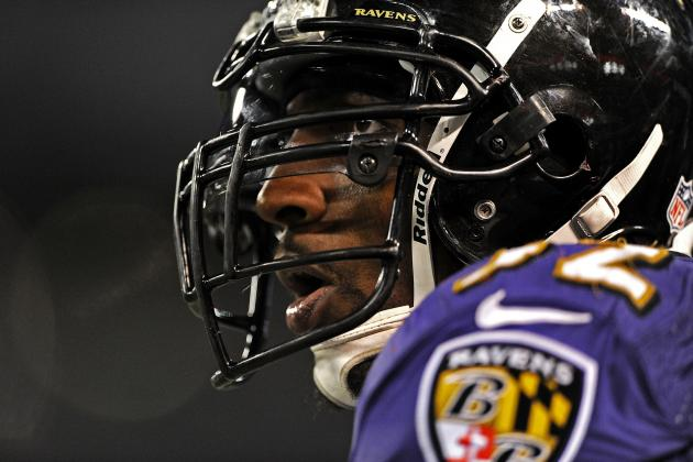 Ray Lewis Injury: Updates on Ravens LB's Triceps