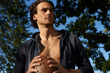 Vikings' Chris Kluwe Features in Out Magazine in Support of Same-Sex Marriage