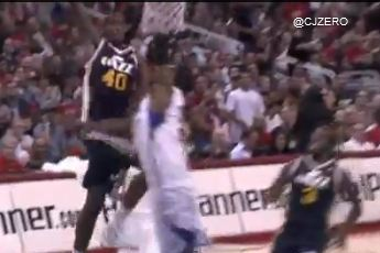 Jeremy Evans Blocked a Ronny Turiaf Jumper and Then Dunked