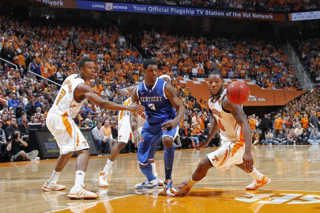 Hard for Nation to See UT Basketball Behind All That Kentucky Blue