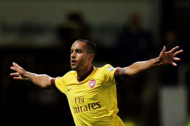 EPL 2012: Theo Walcott Cannot Play Centre Forward Role at Arsenal