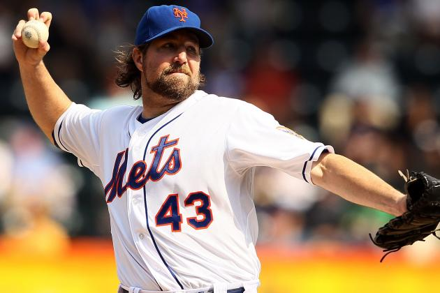 R.A. Dickey Undergoes Abdominal Surgery