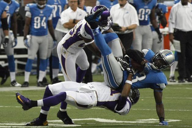 Antoine Winfield Leads the Vikings Secondary by Example & Other NFC North News