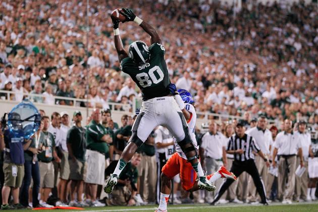 Michigan State's Dion Sims Tweets He May Put on 'Superman T-Shirt' at Michigan