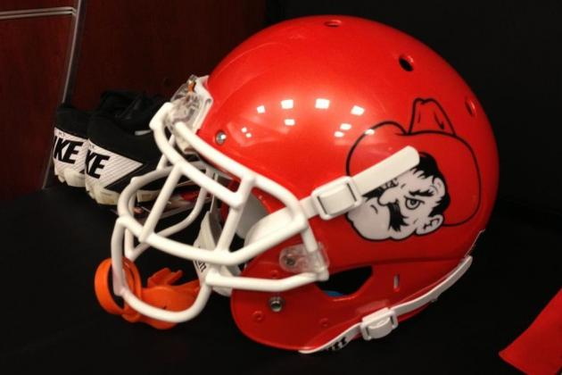 Oklahoma State Unveils New Orange 'Pistol Pete' Helmets