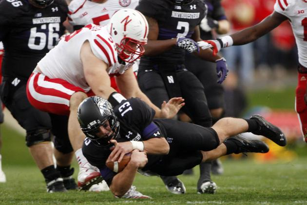 Nebraska 29, Northwestern 28