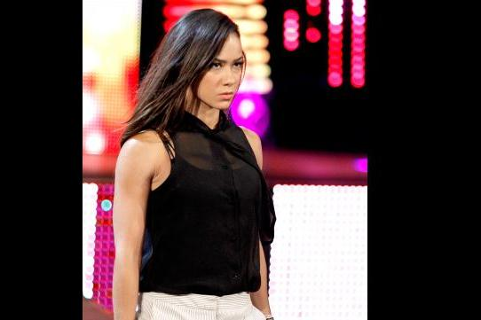 WWE News: AJ Lee Teases Emergency Meeting with Board of Directors