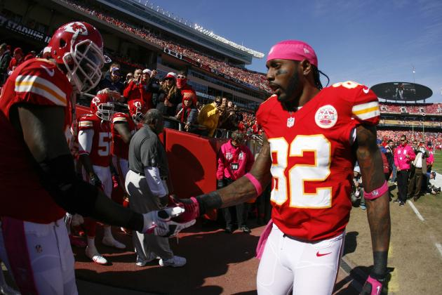Brady Quinn Set to Start for Chiefs, Should Dwayne Bowe Request Deadline Trade?