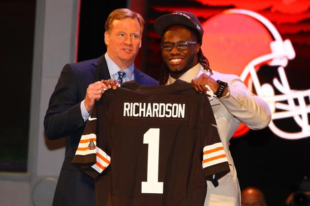 Cleveland Browns: What Position Should They Target with 2013 First-Round Pick?