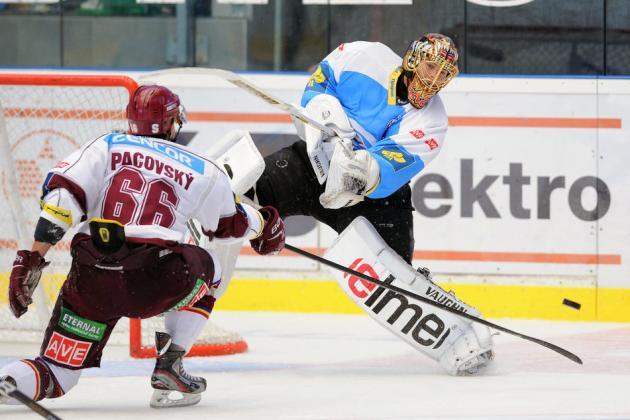 Boston Bruins: Tuukka Rask Injured Playing in Czech Republic