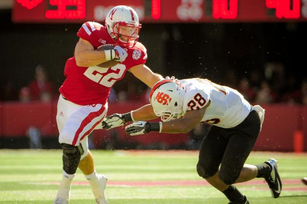 Burkhead, Ward Win Scholar-Athlete Award