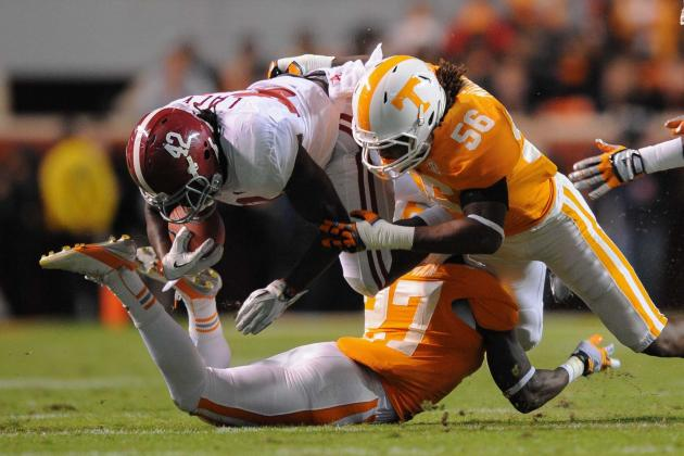 UT Linebacker Curt Maggitt Getting Used to Playing Injured